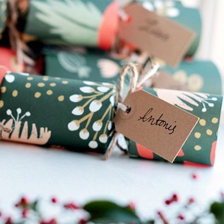 No christmas table should be without the traditional christmas no christmas table should be without the traditional christmas crackers and making your own means solutioingenieria Choice Image