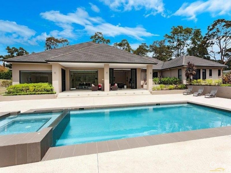 outdoors exteriors pool modern design House for Sale in Dural