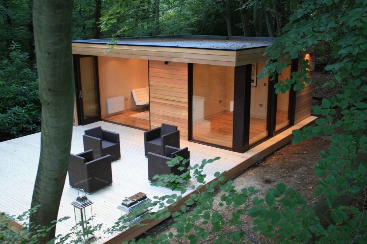 small prefab modern house : Amazing Best Prefab Homes With Black Chairs And  Wooden Deck Also