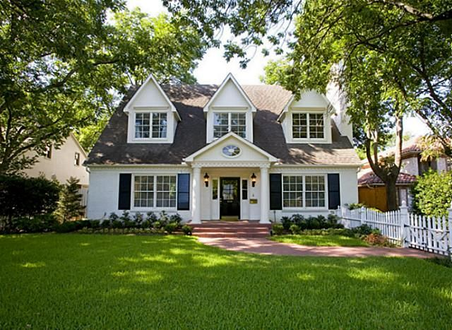 Dallas Home In Preston Hollow For Sale Looks Like The Type Of House I Would Want To Buy Plus Love My Old H Dream House Exterior House Exterior American Houses