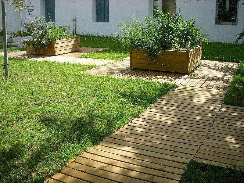 Escaladune nos produits professionnels caillebotis en bois d roulable enroulable chemin - Allee de jardin en bois ...
