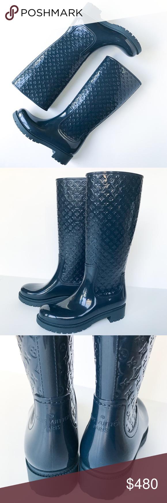 4cbd27988ce Louis Vuitton • navy monogram rain boots Elegant pair of rain boots! The  high-