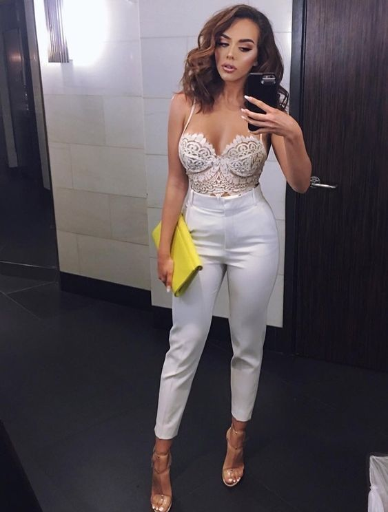 9 Greatest Ways In order to Rock Almost all White Clothes 9 Greatest Ways In order to Rock Almost all White Clothes