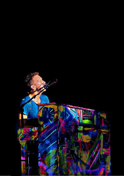Chris Martin's piano! Bad Ass!