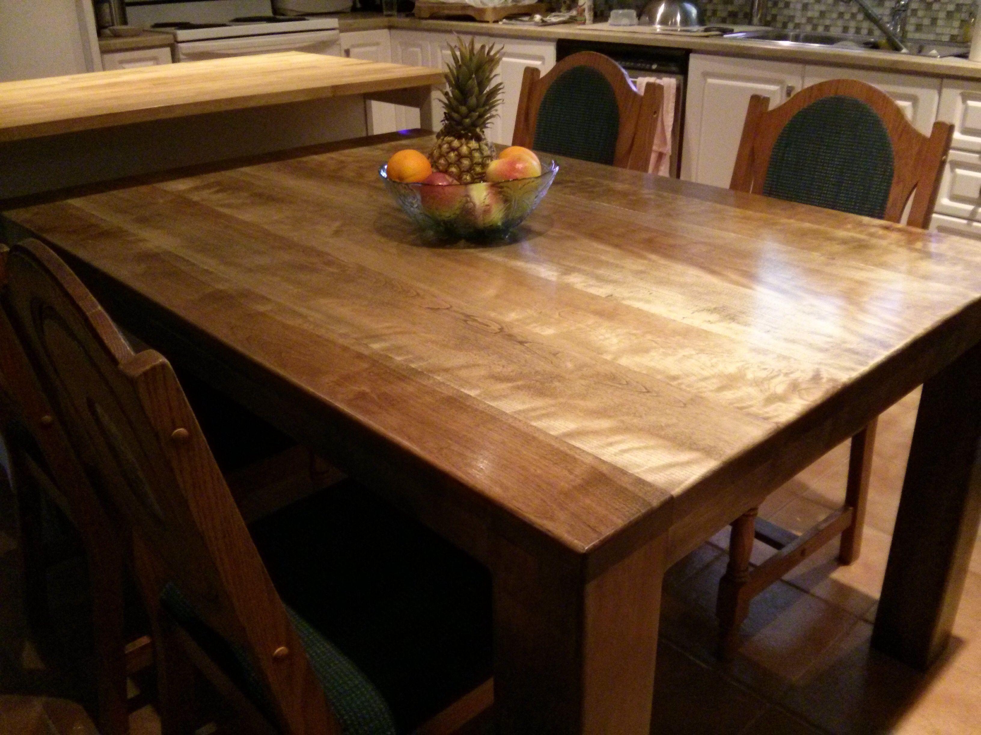 table en merisier avec fini couleur orme gris | réalisation