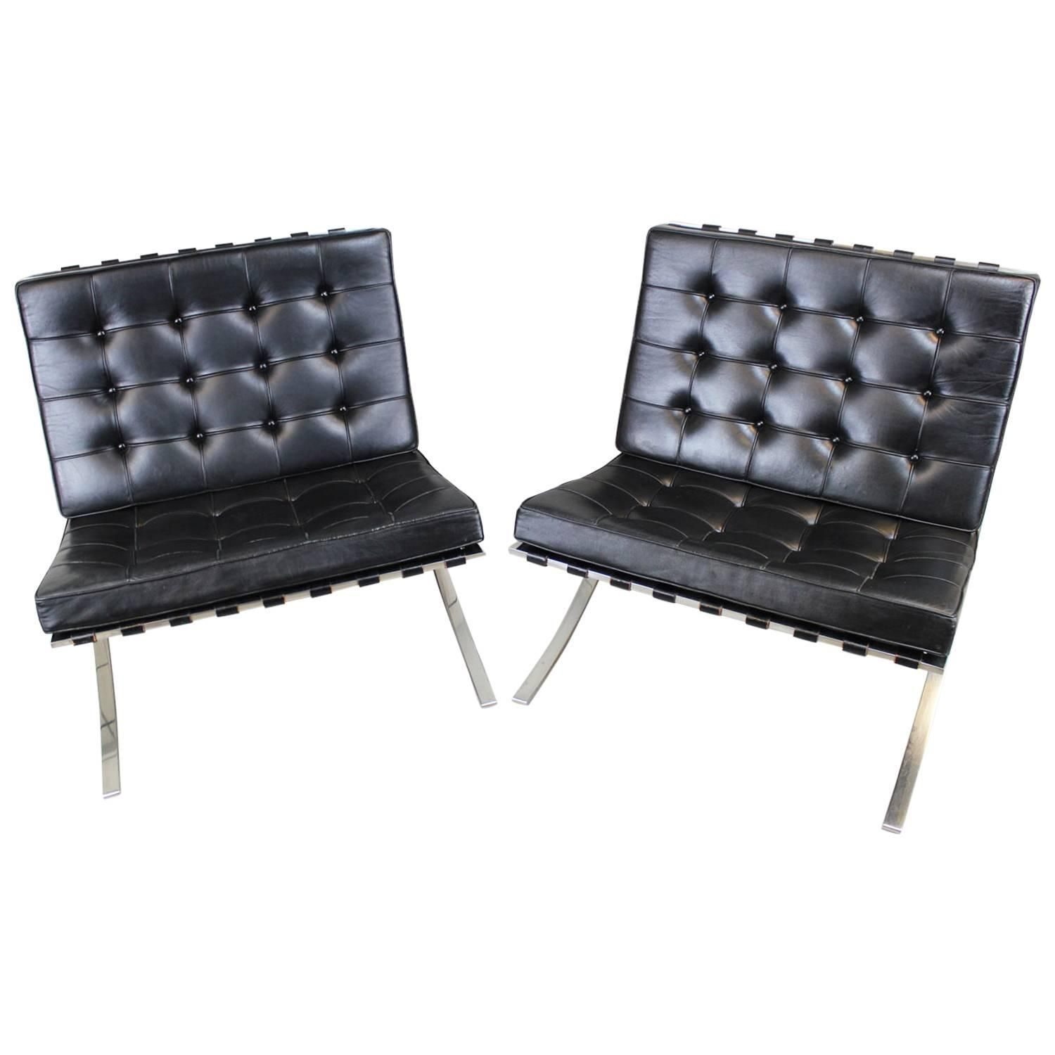 Barcelona Chairs For Sale Mies Van Der Rohe Barcelona Chairs Pair For Knoll My 1stdibs