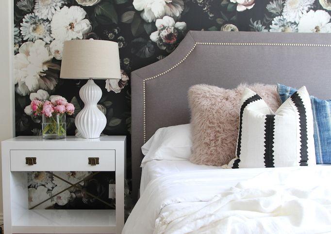 Best Modern Mix A Bold Floral Bedroom Floral Bedroom Home 640 x 480
