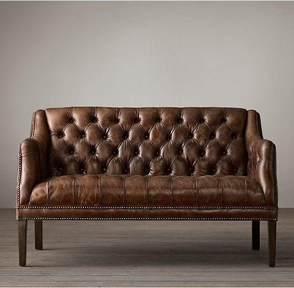 Rh S Everett Tufted Leather Settee Dating Back To 17th Century