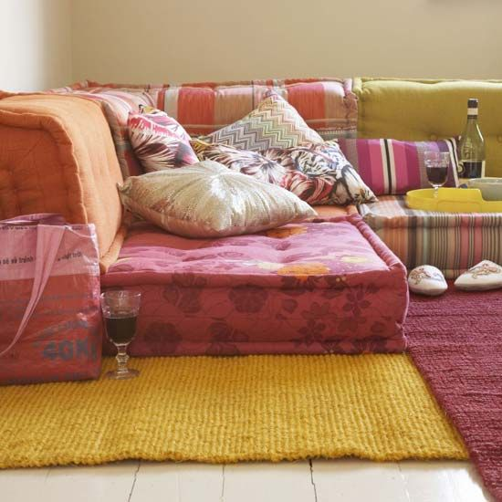 Living Room With Floor Cushions: Diy Couch / Sofa / Seating For Lounging