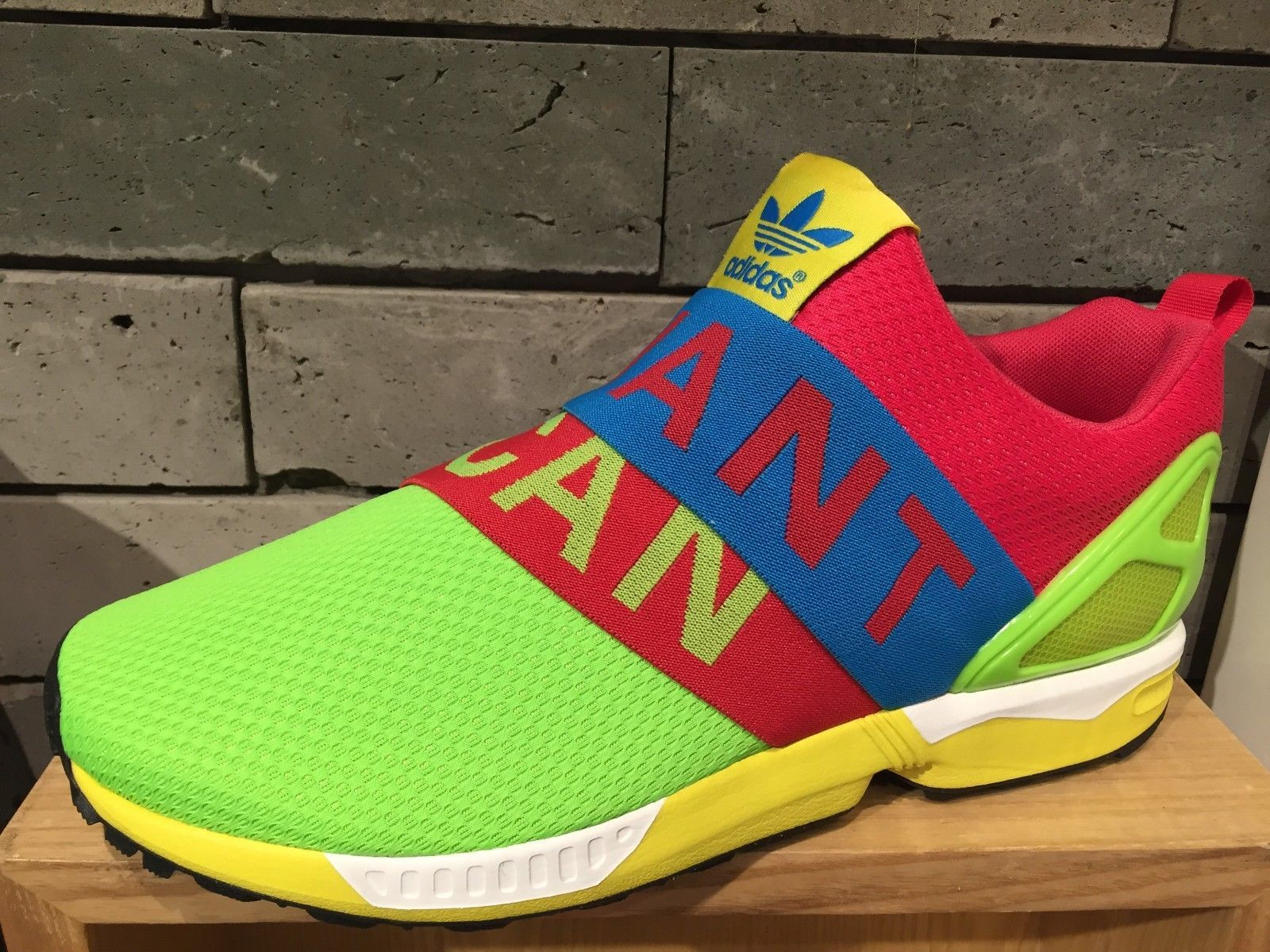best sneakers 281b9 68313 New Adidas Originals ZX Flux Slip on Green Pink Blue B34451 ...