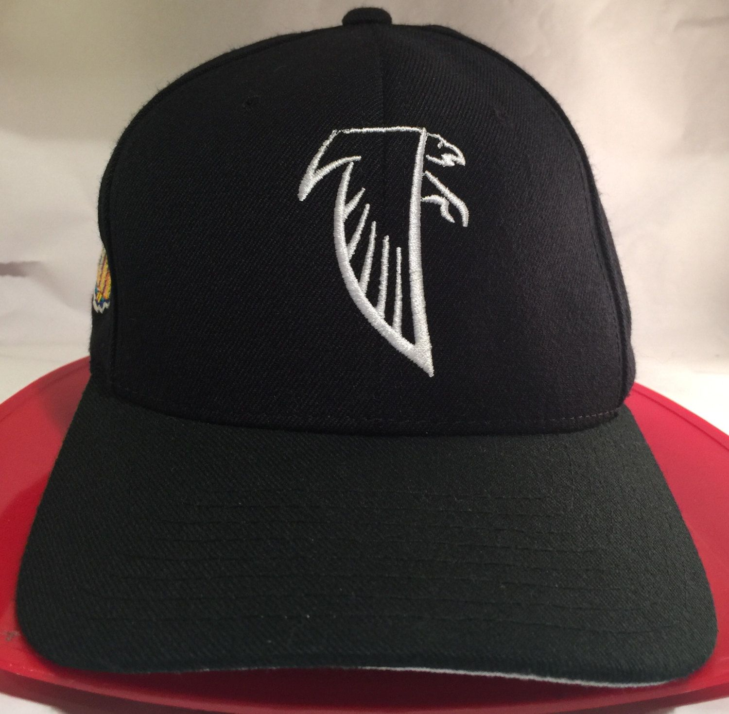timeless design fc737 4e314 Atlanta Falcons Super Bowl XXXIII New Era Snapback Cap ...