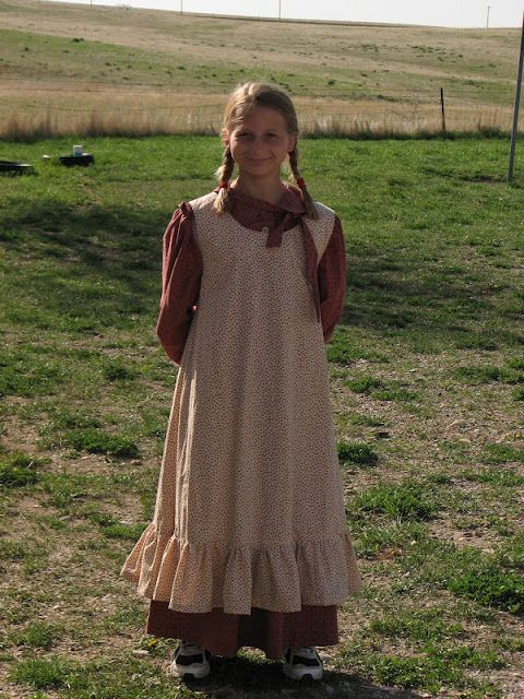 Laura Ingalls Wilder Costume With Sneakers You Don T See That Every Day