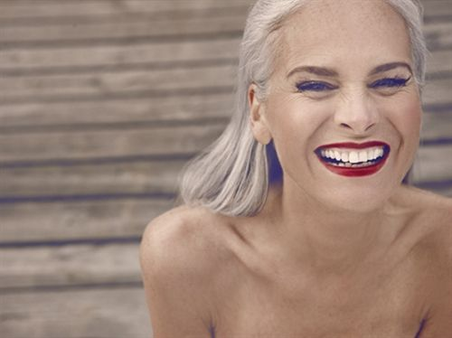 Close Models Model Gallery Of Female Models From The Leading Uk Model Agency In London Model Card For In Silver Haired Beauties Older Beauty Long Gray Hair
