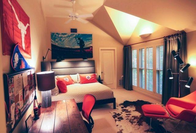 jugendzimmer junge gestalten beleuchtung verschiedene lichtquellen zimmer pinterest. Black Bedroom Furniture Sets. Home Design Ideas