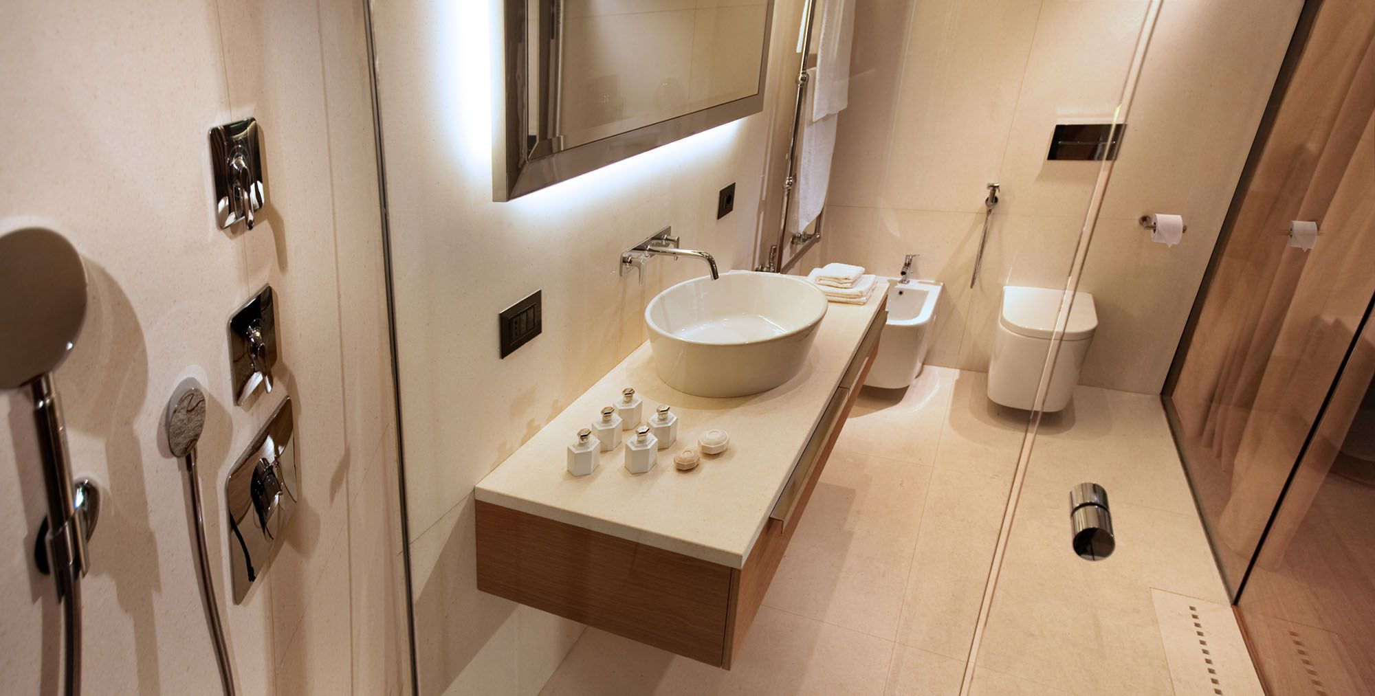 5 star bathroom designs - Image Result For Hotel Bathroom Designs
