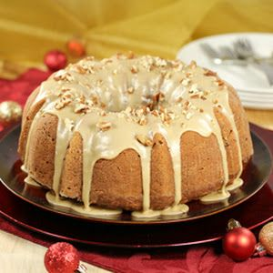 Caramel Apple Pecan Cake