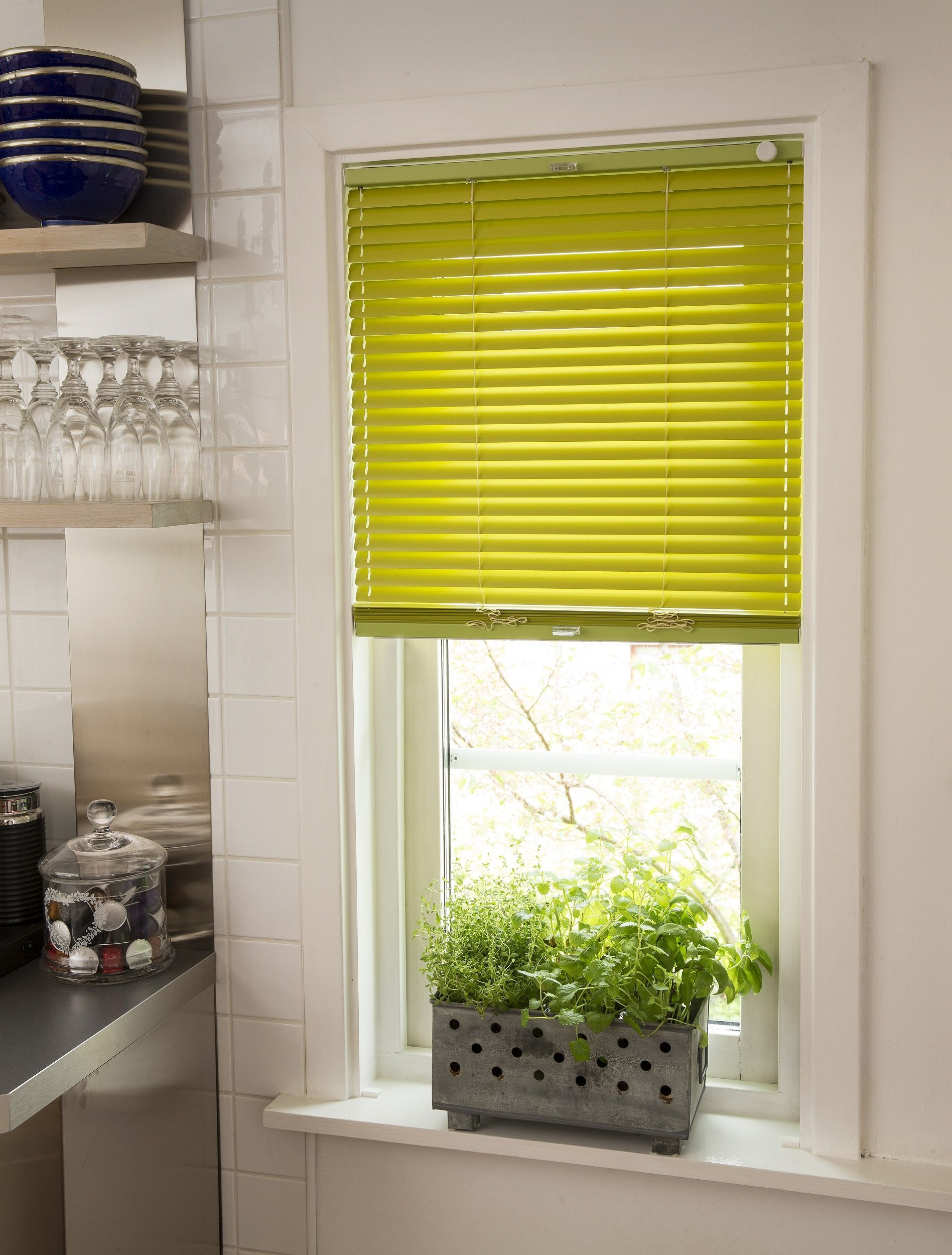 16 Resplendent Roller Blinds Accessories Ideas With Images