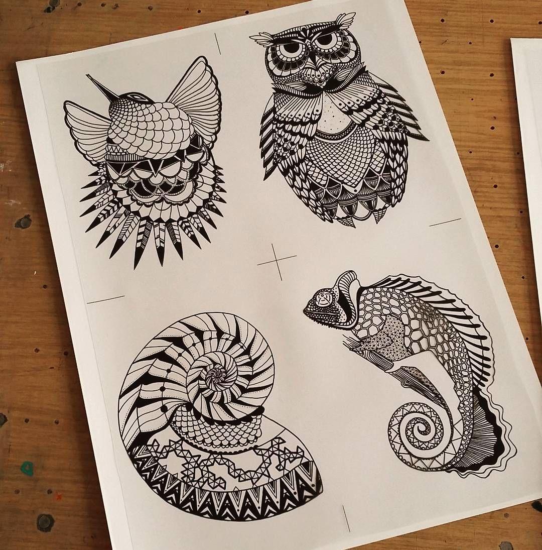 Work in progress session de sérigraphie à l'atelier  Carte format A6 bientôt en vente  #newcreation #serigraphie #madeinfrance #art #nantes #animaux #animal #dessin #etsy #graphisme #creation #zoo #graphique #blackandwhite by lyka.vdv