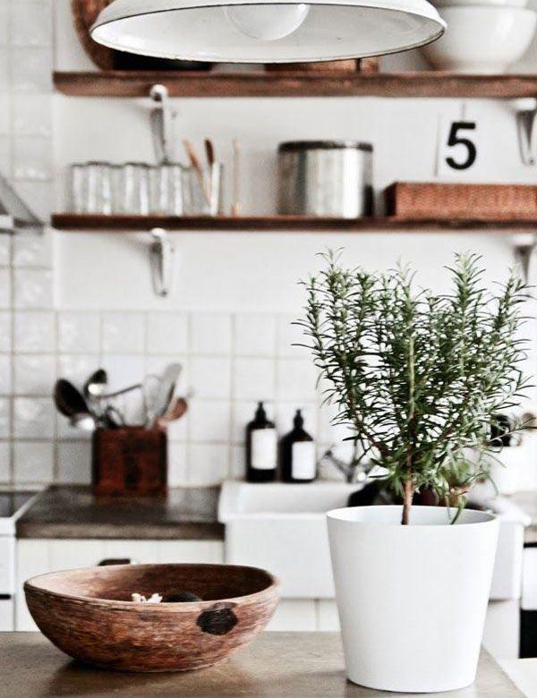10 Amazing Rustic Scandinavian Kitchen Designs