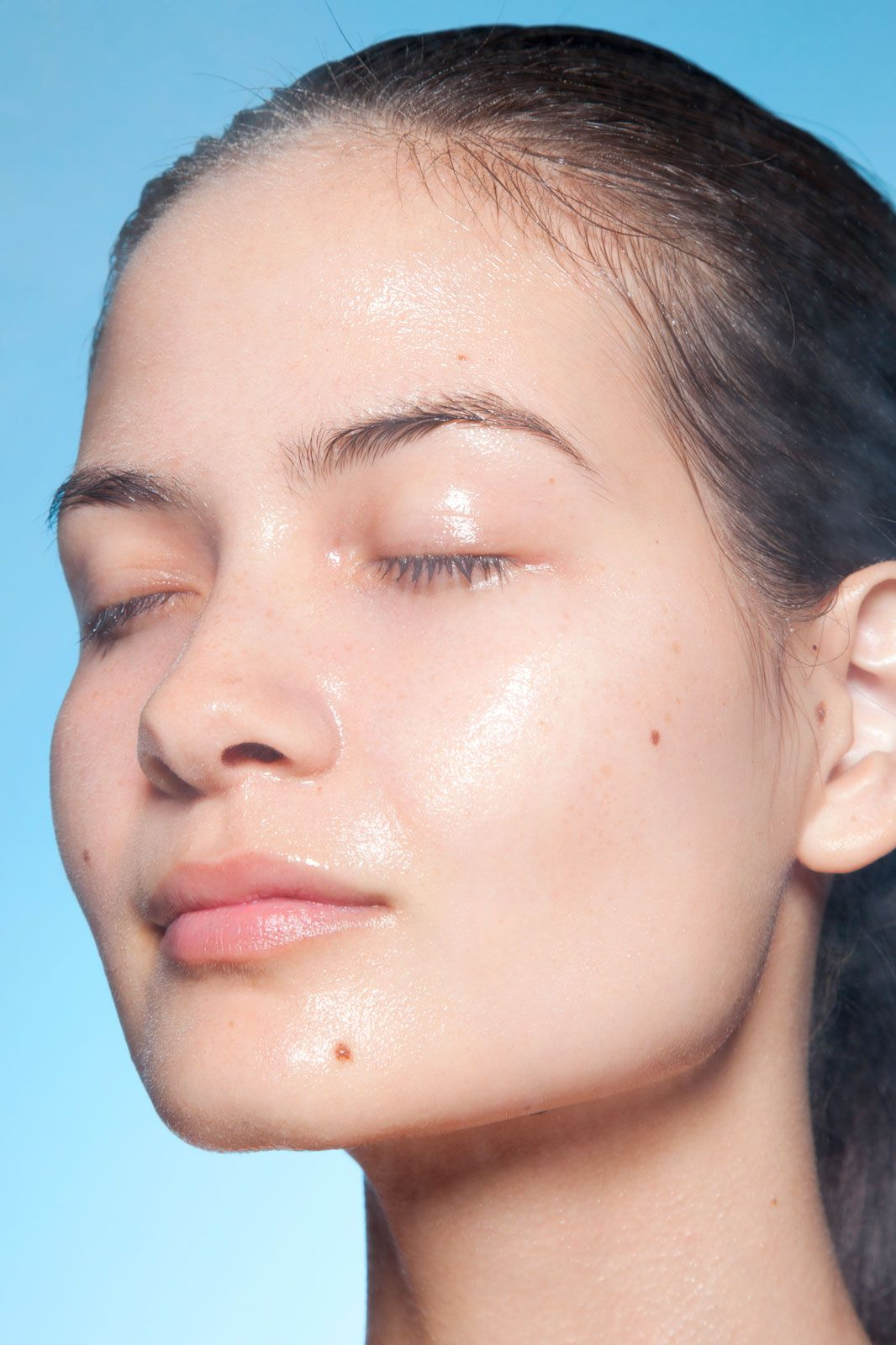 How to do a spa worthy facial from your sofa pinterest spa how to give yourself the perfect at home spa day this weekend solutioingenieria Choice Image