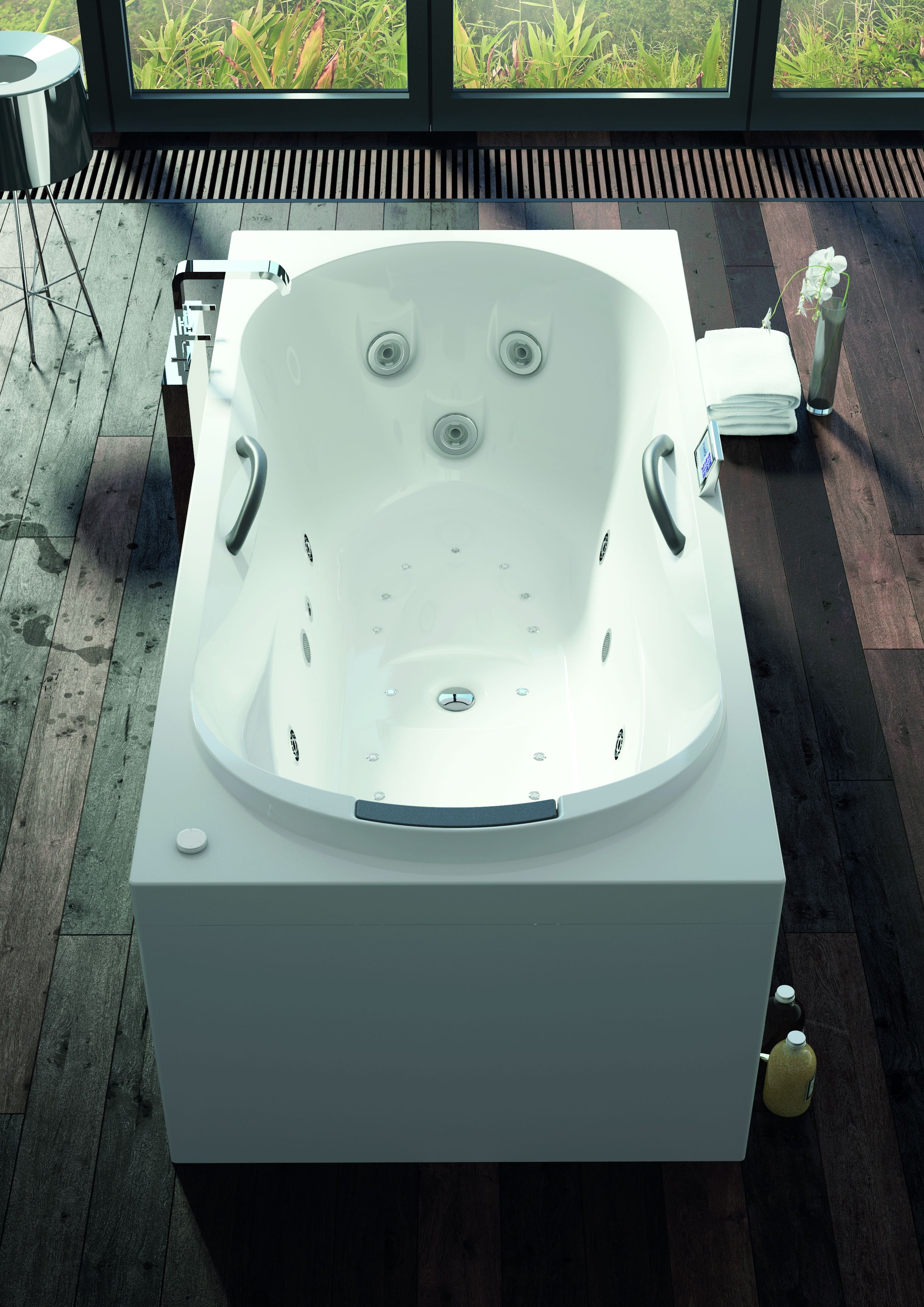 Luxury whirlpool / Bubble bath with large jets and 2 handgrips ...