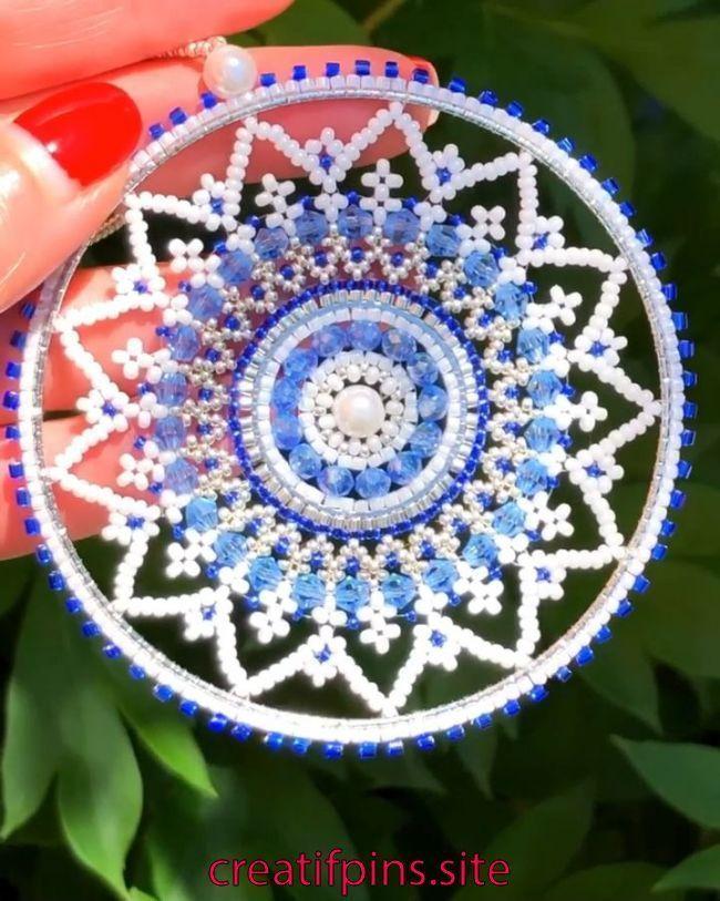 Brick Stitch around circle, Miyuki Delica Beadwork, bead weaving, perles, Swarovski snowflake   Brick Stitch around circle, Miyuki Delica Beadwork, bead weaving
