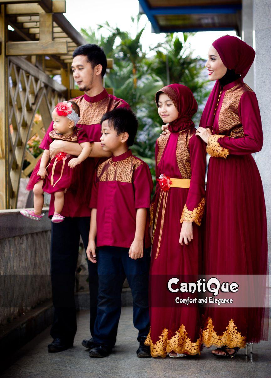 Sarimbit pesta keluarga warna merah maroon yang menawan nan