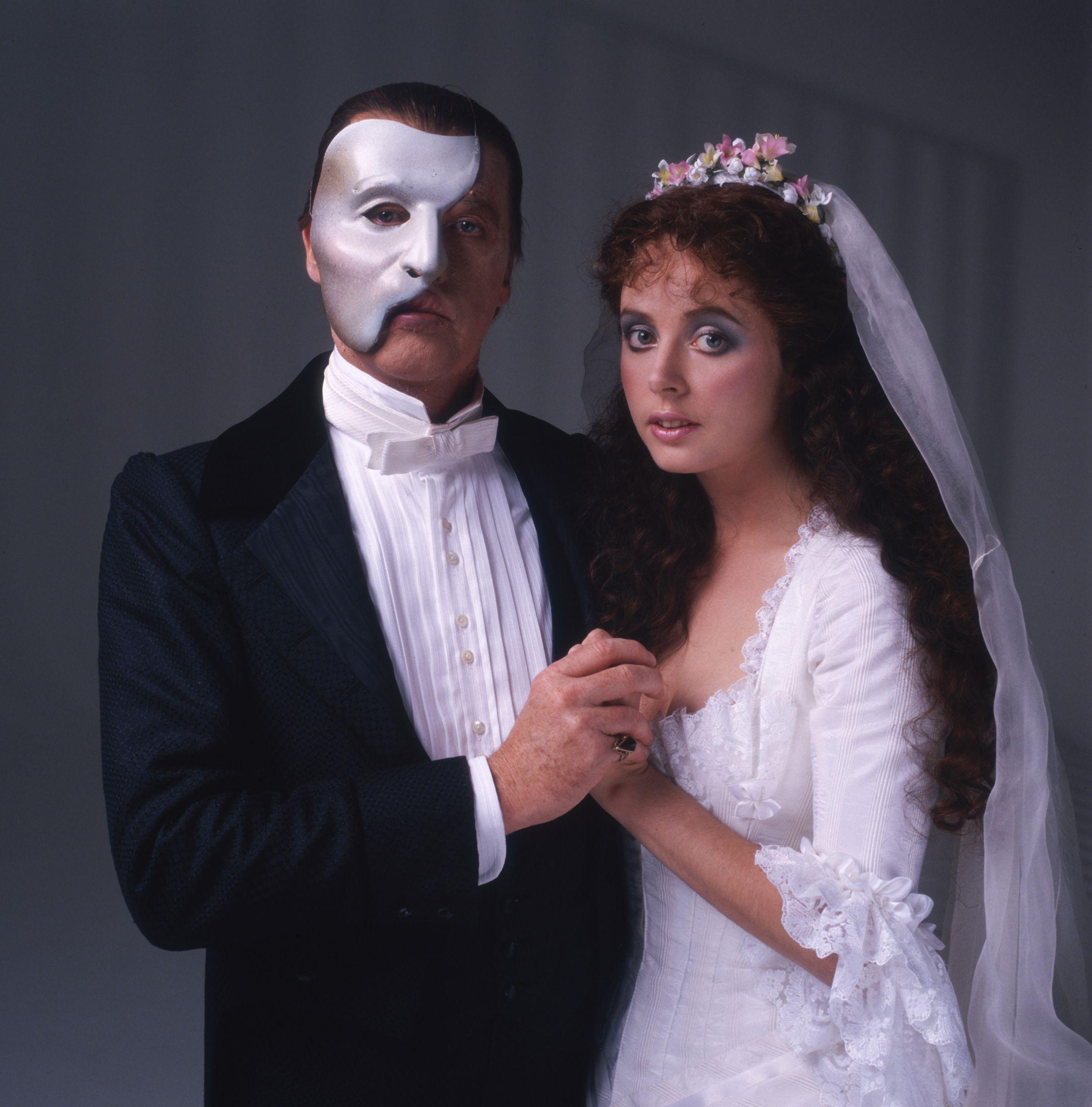 sarah brightman at the phantom of the opera andrew lloyd