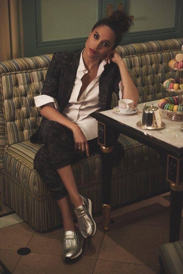 meghan markle more meghan markle pinterest tailleur pantalon de fil en aiguille et tailleur. Black Bedroom Furniture Sets. Home Design Ideas