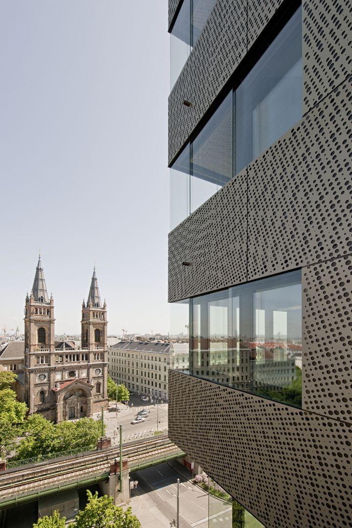 Mondän mit Lochblech - Hochhaus am Wiener Gürtel Lochblech - spa und wellness zentren kreative architektur