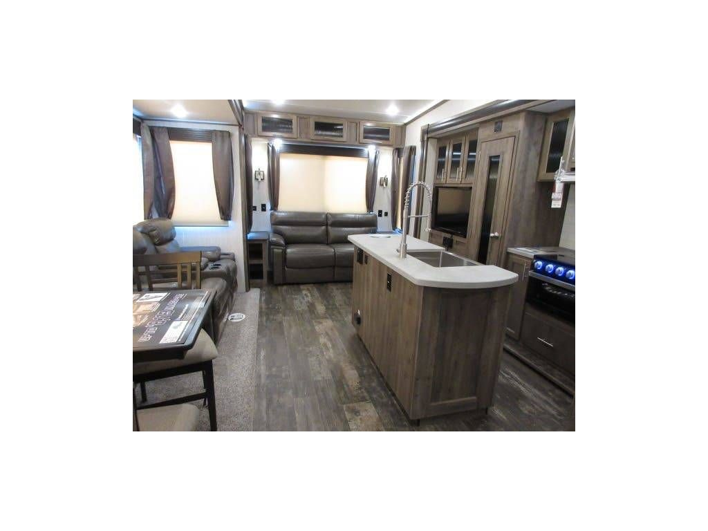 2019 Forest River Sabre 36bhq Auto Leveling Mid Bunks With Loft