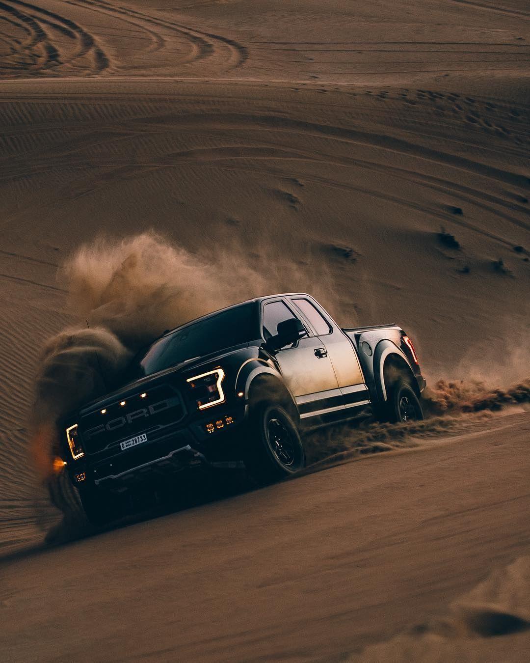 2019 Ford Svt Bronco Raptor Check More At Http Www Autocarblog Club 2018 05 02 2019 Ford Svt Bronco Raptor