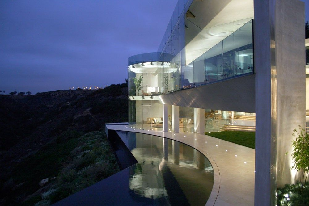 The Razor House Is A One Of A Kind Architectural Masterpiece