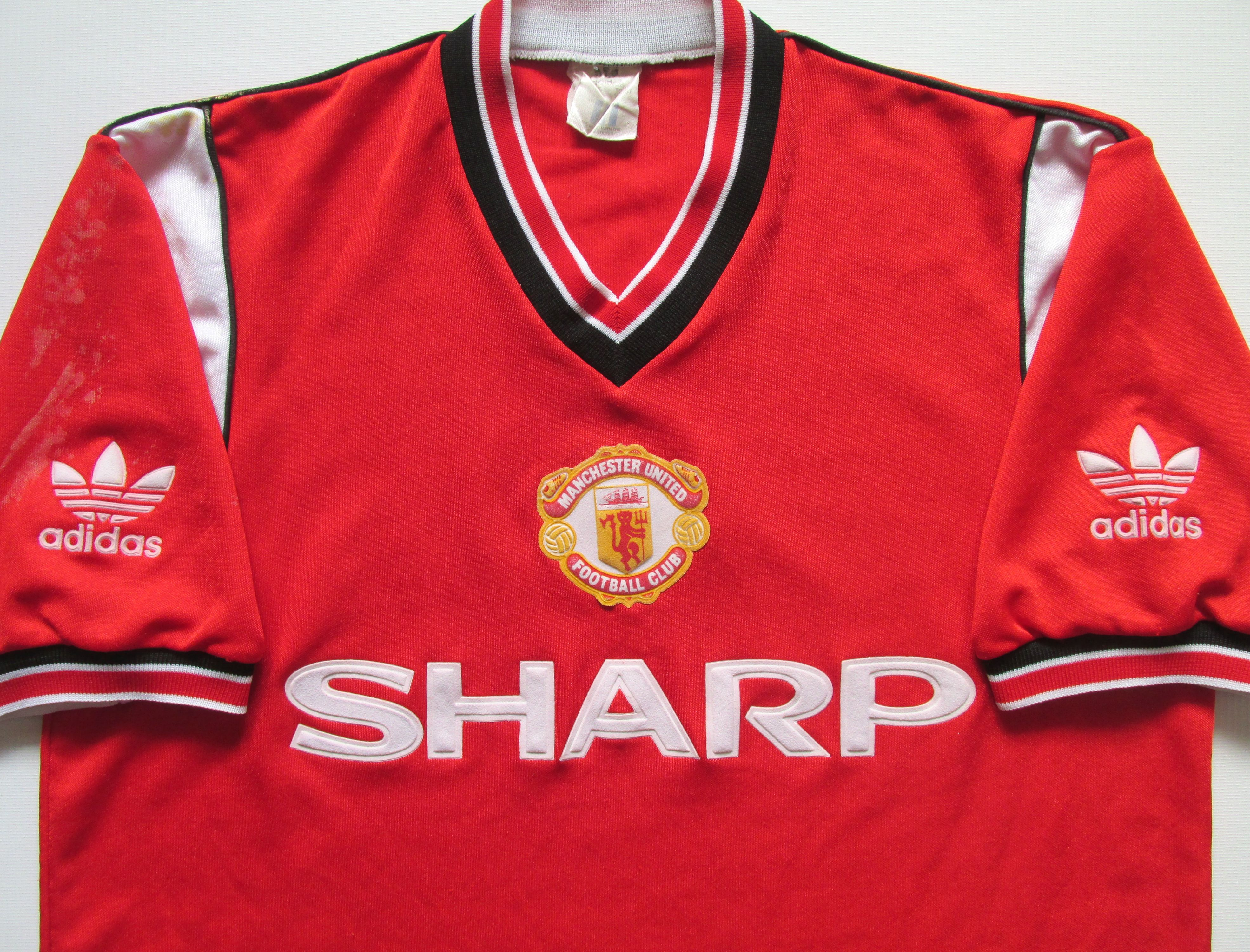 Manchester United 1984 1985 1986 Home Football Shirt By Adidas Mufc Manutd Manunited Reddevils Vintag Vintage Football Shirts Football Shirts Manchester United