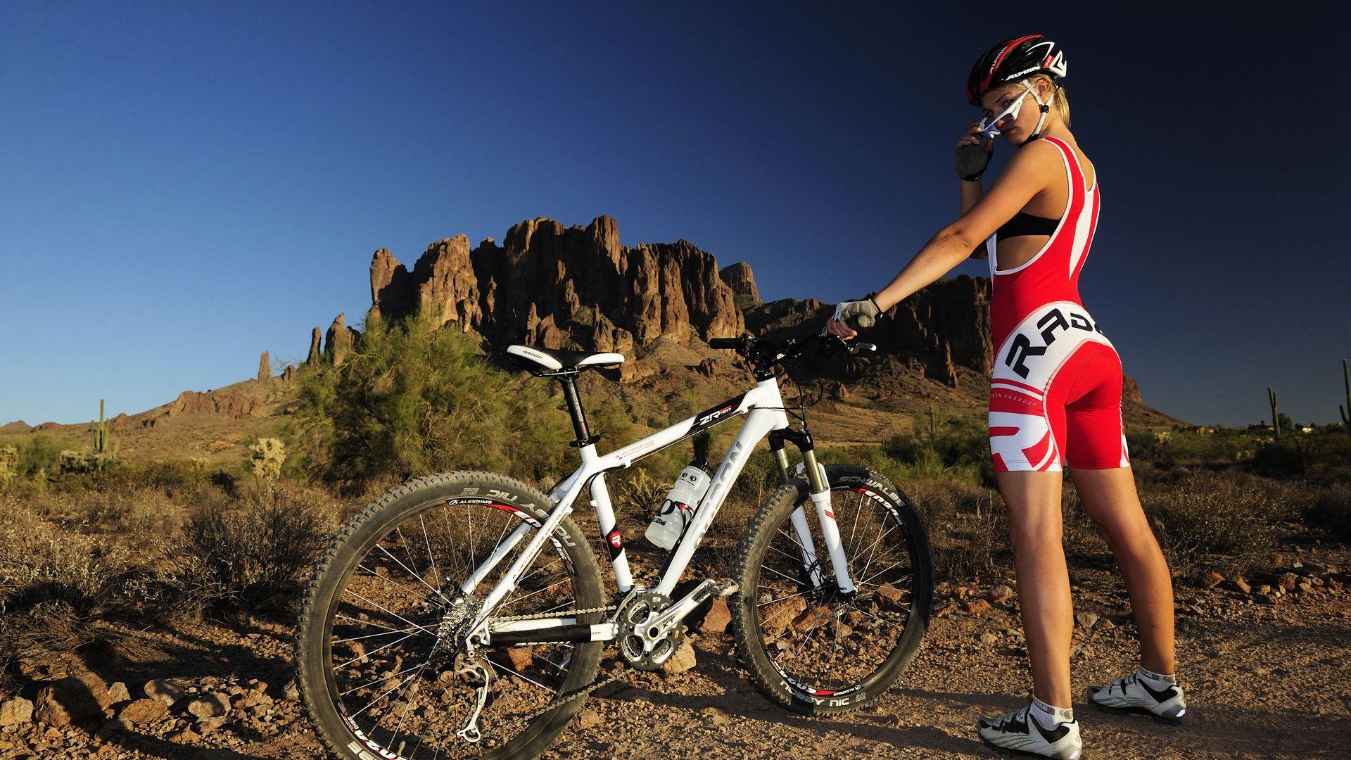 Mountain Bike Girls Wallpaper Mountain Bike Girls Mountain Bike