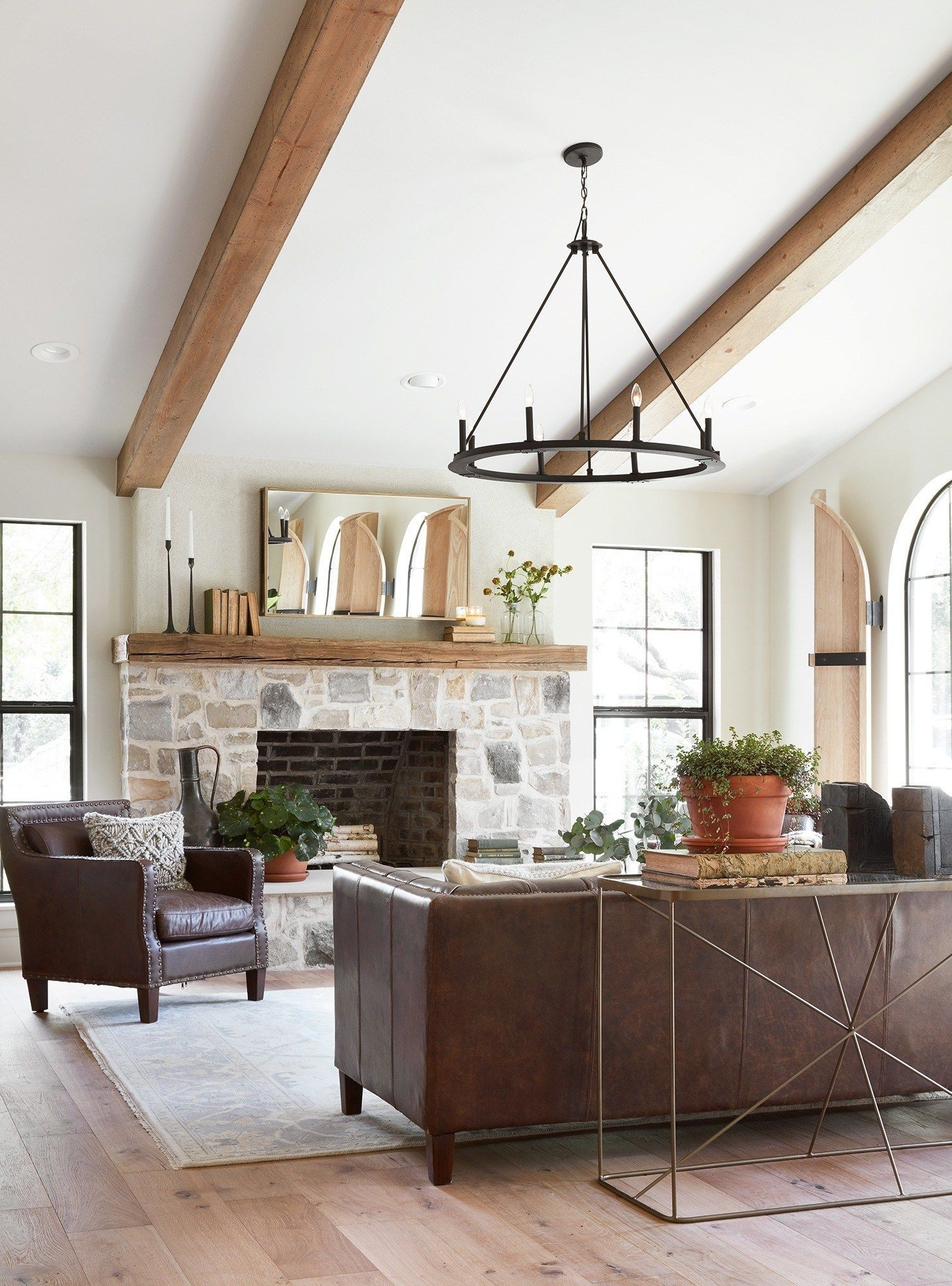 10 Best Living Rooms By Joanna Gaines from Fixer Upper  Nikkis Plate  10 Best Living Rooms by Joanna Gaines  A round up post of the best living rooms by Joanna Gaines