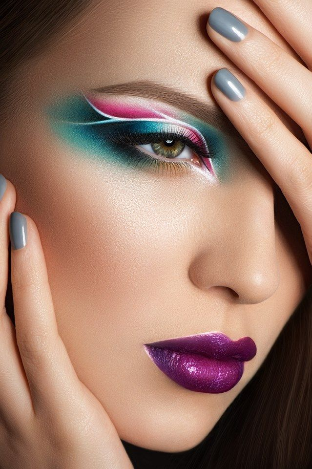 Teal and Pink Eye Makeup Beauty Colorful makeup