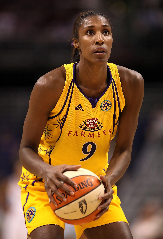 Watch Lisa Leslie, 4x Olympic champion, 3x WNBA MVP video
