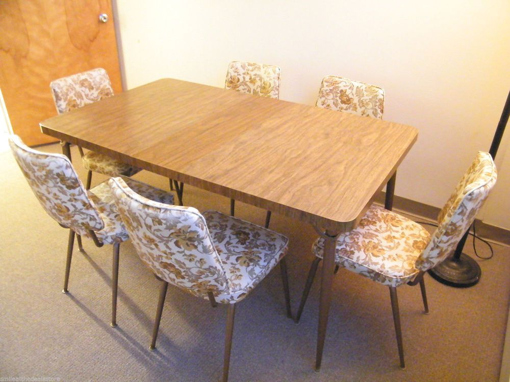 vintage 1960s formica wood kitchen table leaf w 6 floral vinyl chairs retro vinyls kitchen. Black Bedroom Furniture Sets. Home Design Ideas