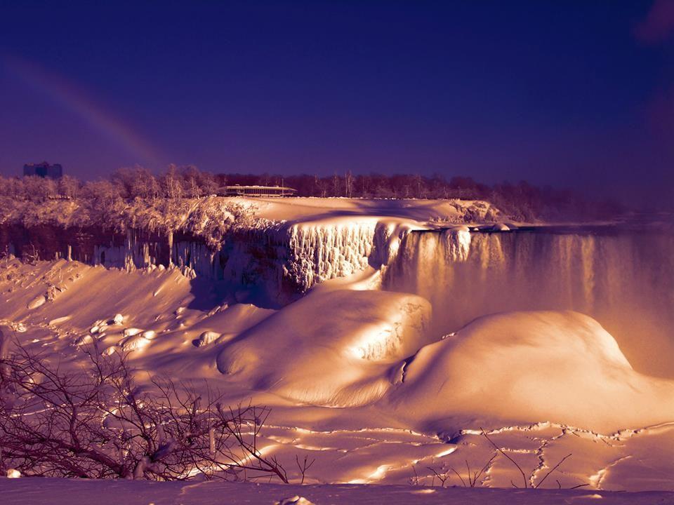 My first Niagara Falls visit, it's stunning - Album on Imgur