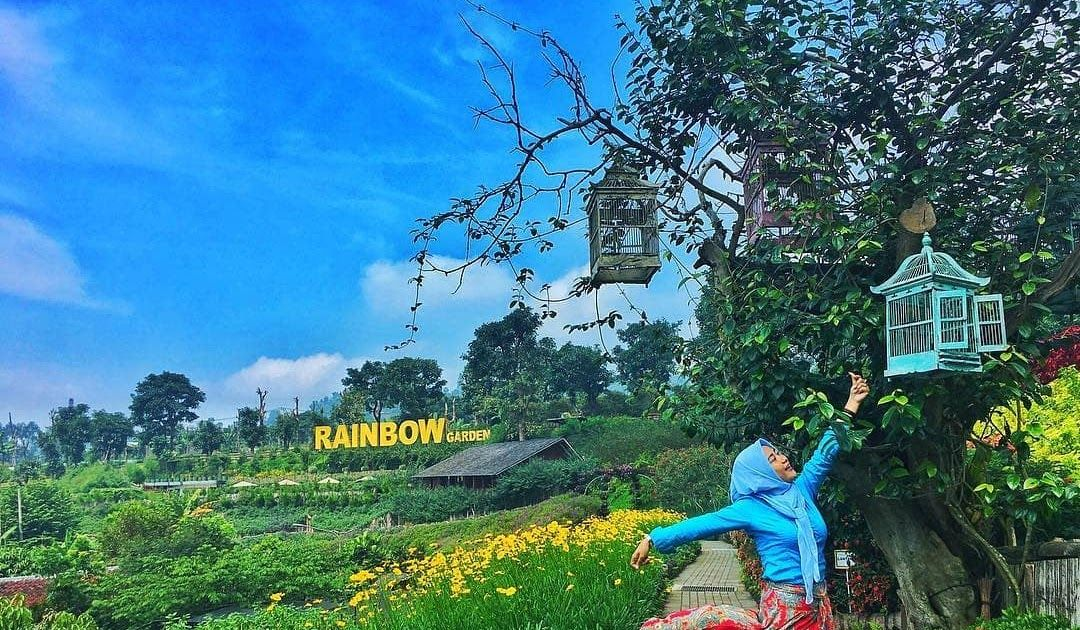 17 Pemandangan Indah Banget Indah Banget Ini 5 Taman Bunga Paling Cantik Di Indonesia Airy Download 11 Pemandangan Alam Terindah Di 2020 Pemandangan Bunga Gambar