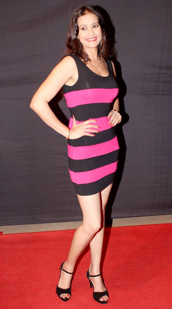 Jasvir Kaur at the CID Veerta Awards 2013 #Fashion #Bollywood