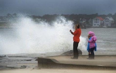 Parte del sureste de Estados Unidos estaba bajo agua este sábado tras las intensas lluvias ocasionadas por el poderoso huracán Joaquín