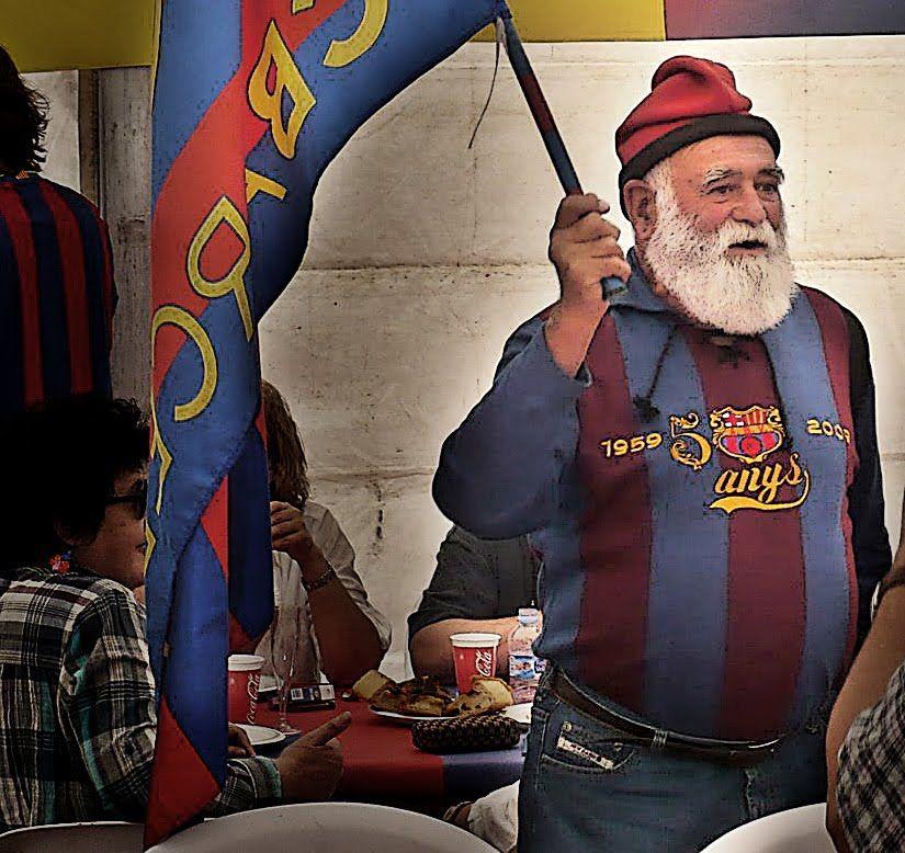 Les 6 5 Copes A Casa Aixo Es Ca N Pixa Papa Noel Futbol Figuras De