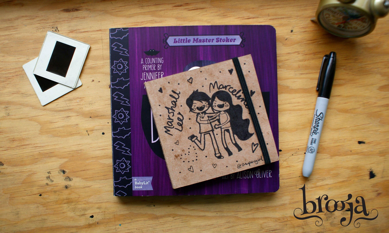 """Artículo Único Sketchbook Brooja """"Link"""" Autor: Suupergirl Formato: 11x11 cm 72 hojas Papel bond ahuesado 90 gr Pasta blanda papel kraft sena. Pide el tuyo en: www.kichink.com/... #brooja #sketchbook #notebook #kraft #libreta #cuaderno #zelda #illustration #ilustración #sharpie #suupergirl"""