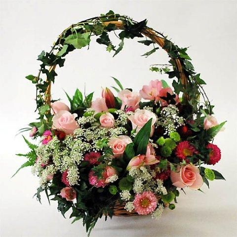 Floral basket, a perfect wedding gift...