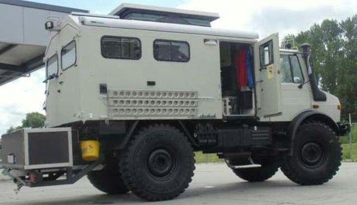 unimog camper unimog campers pinterest 4x4 expedition vehicle and offroad. Black Bedroom Furniture Sets. Home Design Ideas
