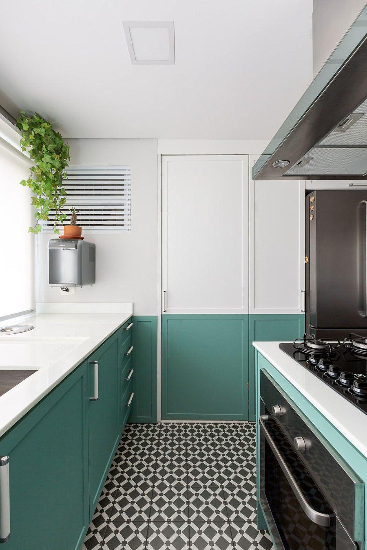 Convidativo E Acolhedor Armarios Verdes Cozinha Colorida