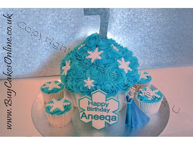 Childrens Cakes Giant Winter Cupcake With Frozen Elsa Gunnar in