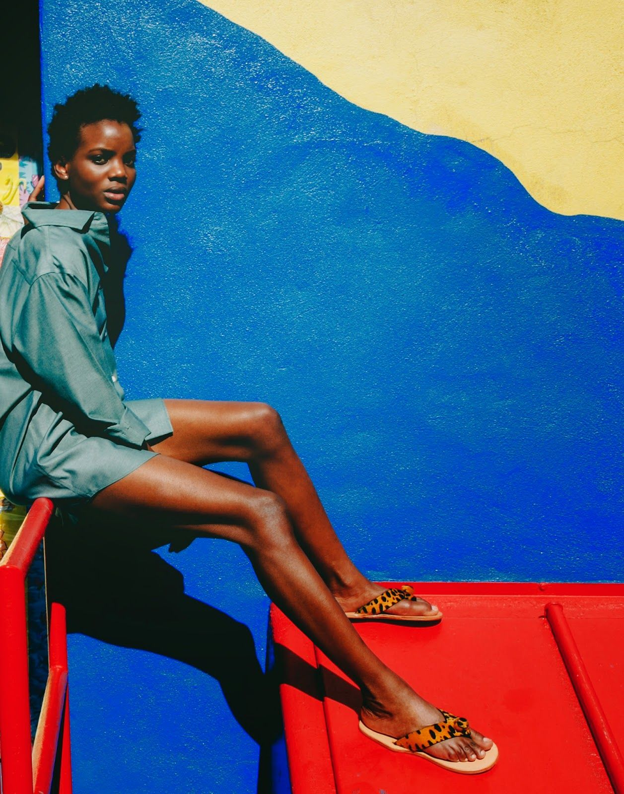 African Prints in Fashion: Interview: MONAA - Sandals inspired by the King of the Ashanti